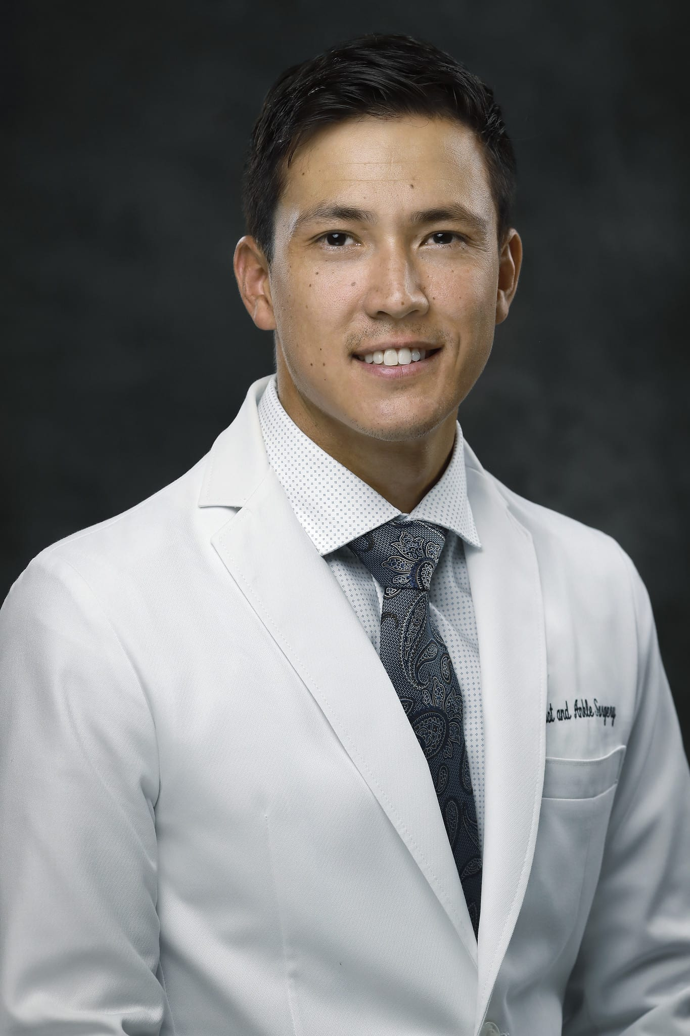 dr-dillard-white-coat